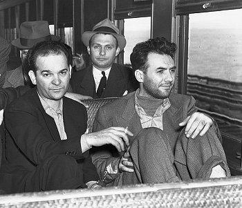 מימין: הארי שטראוס ומרטין גולדסטין